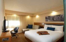 hampton-by-hilton-corby-kettering2