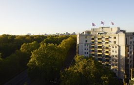 the-dorchester-sunset-exterior-highres1-min